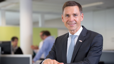 Bosch invests in 280 leadership personalities