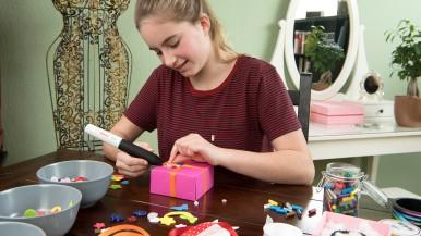 Heiß auf kreatives Gestalten: Gluey Heißklebestift von Bosch