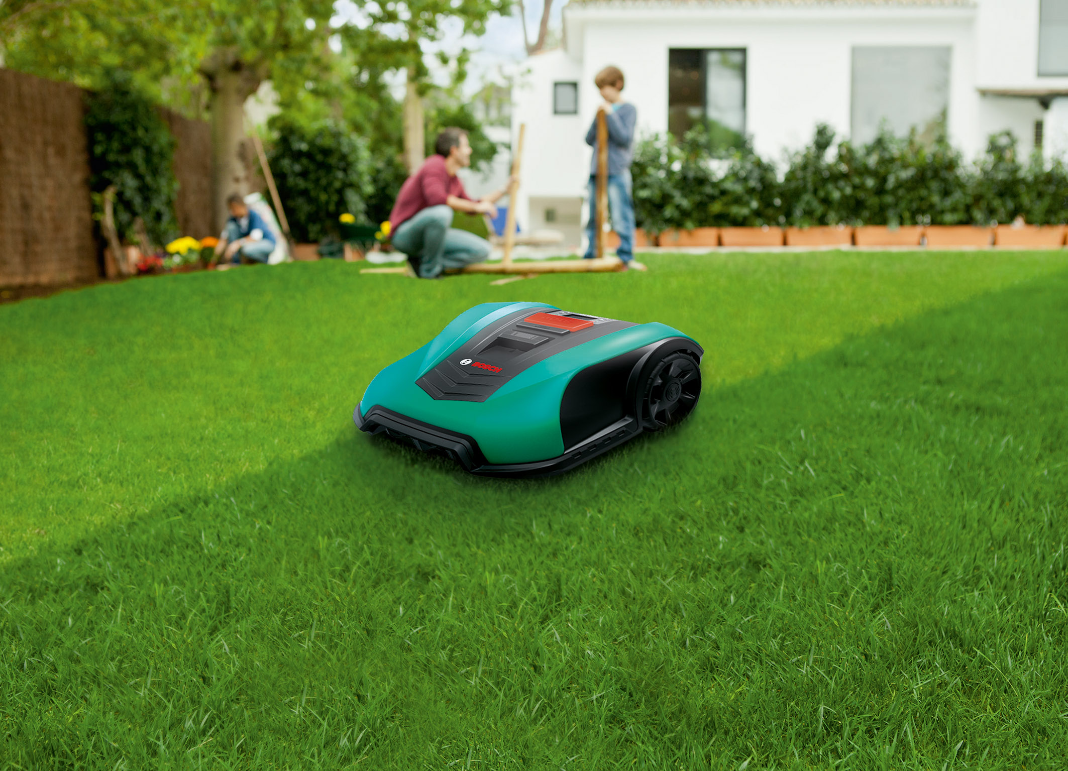 Designed for maintaining small to medium lawns: Bosch Indego 400 and Indego 400 Connect