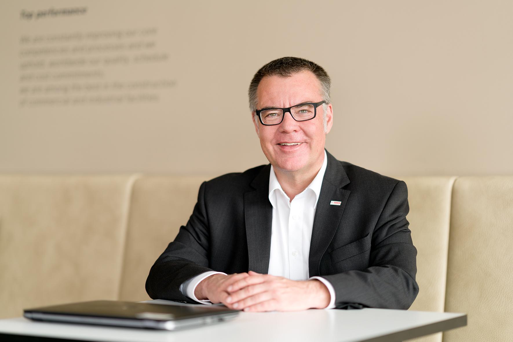 Dr. Dirk Hoheisel