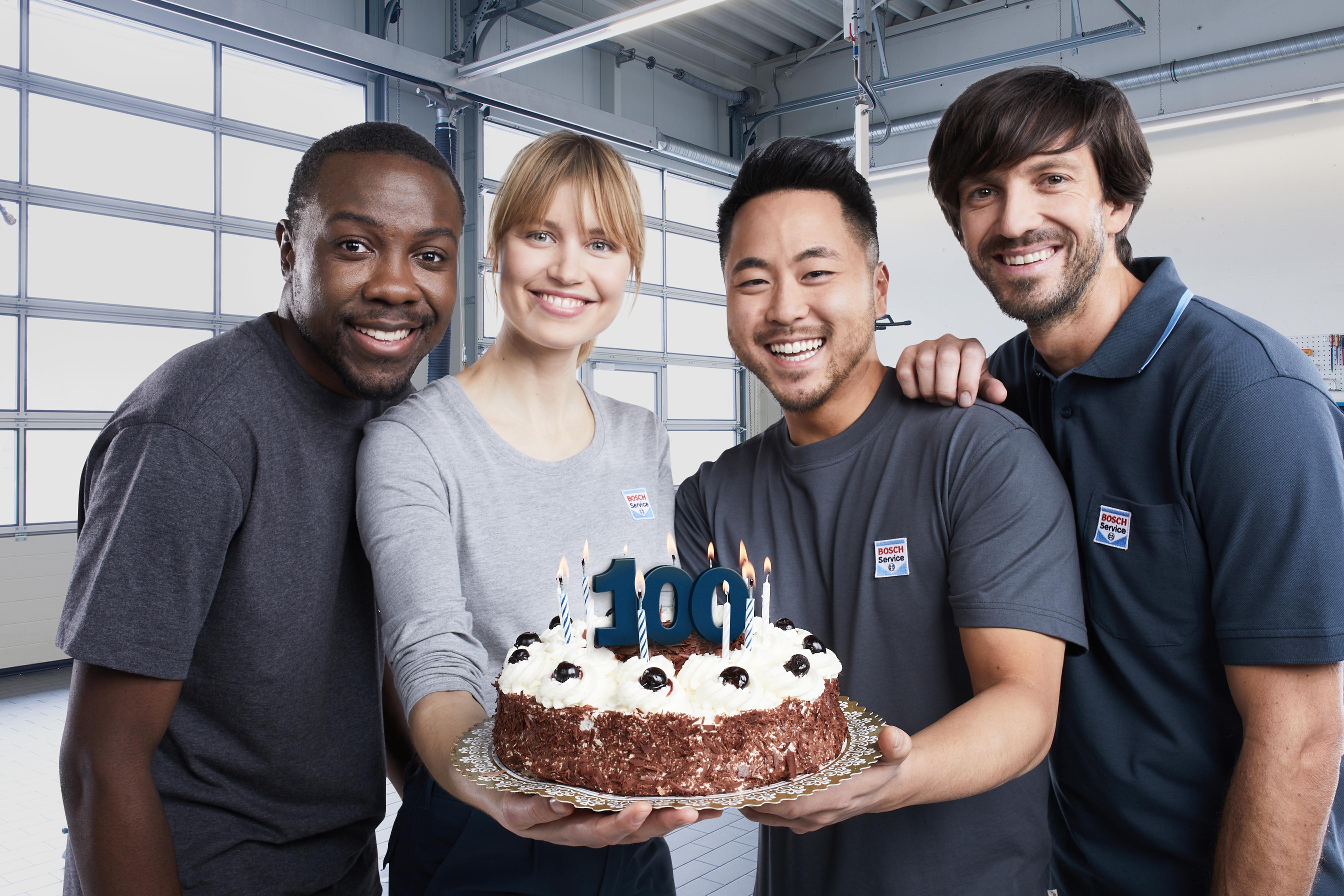 100 Jahre jung: 1921 war die Geburtsstunde der Bosch Dienste und Start einer globalen Erfolgsgeschichte.