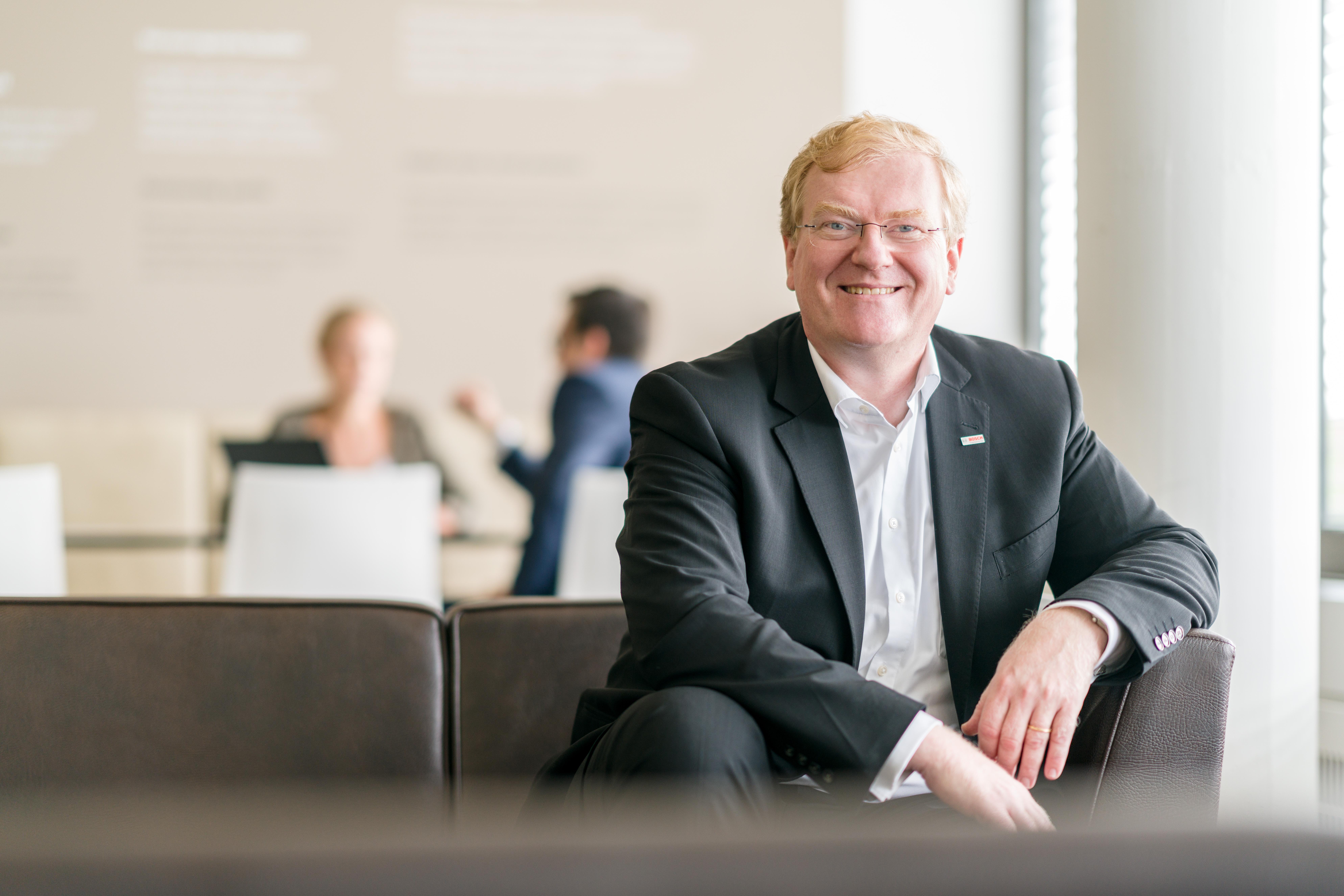 Dr.-Ing. Stefan Hartung