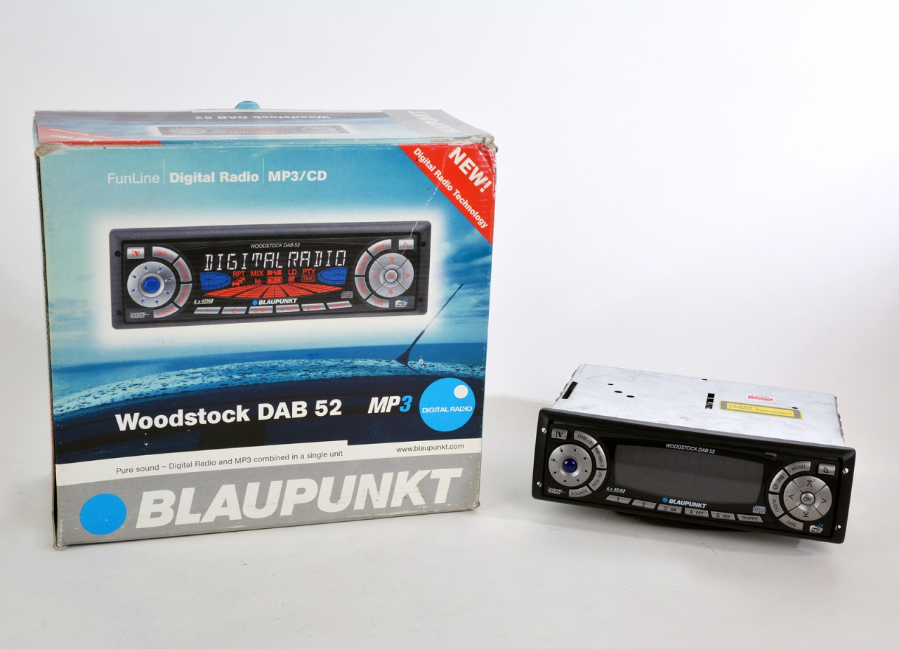 digitalradio woodstock dab 52 von blaupunkt aus dem jahr. Black Bedroom Furniture Sets. Home Design Ideas