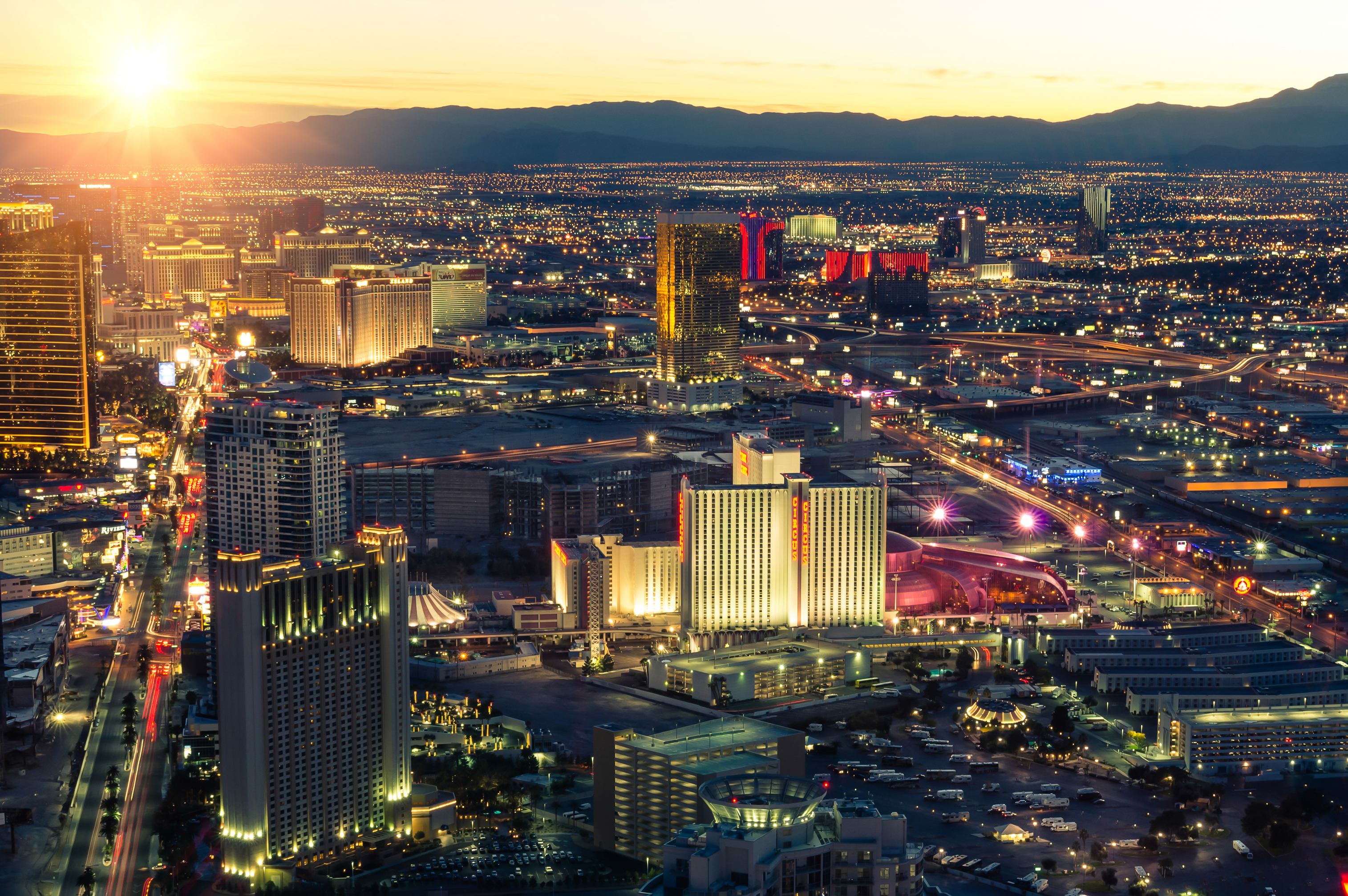 Stock Image Las Vegas Boulevard Nevada Sunset Skyline