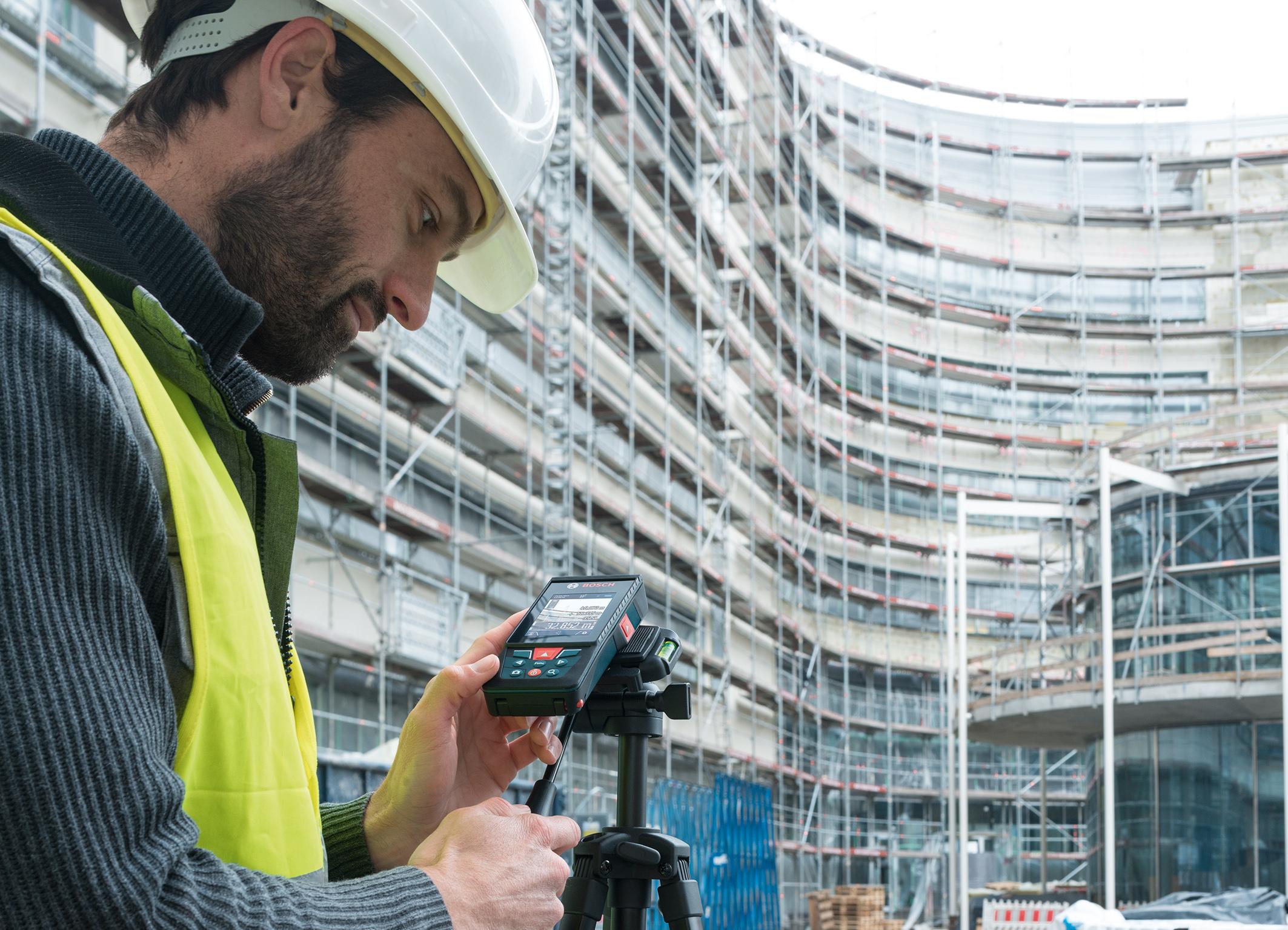 Besonders präzise – auch im Außenbereich: der GLM 120 C Professional von Bosch