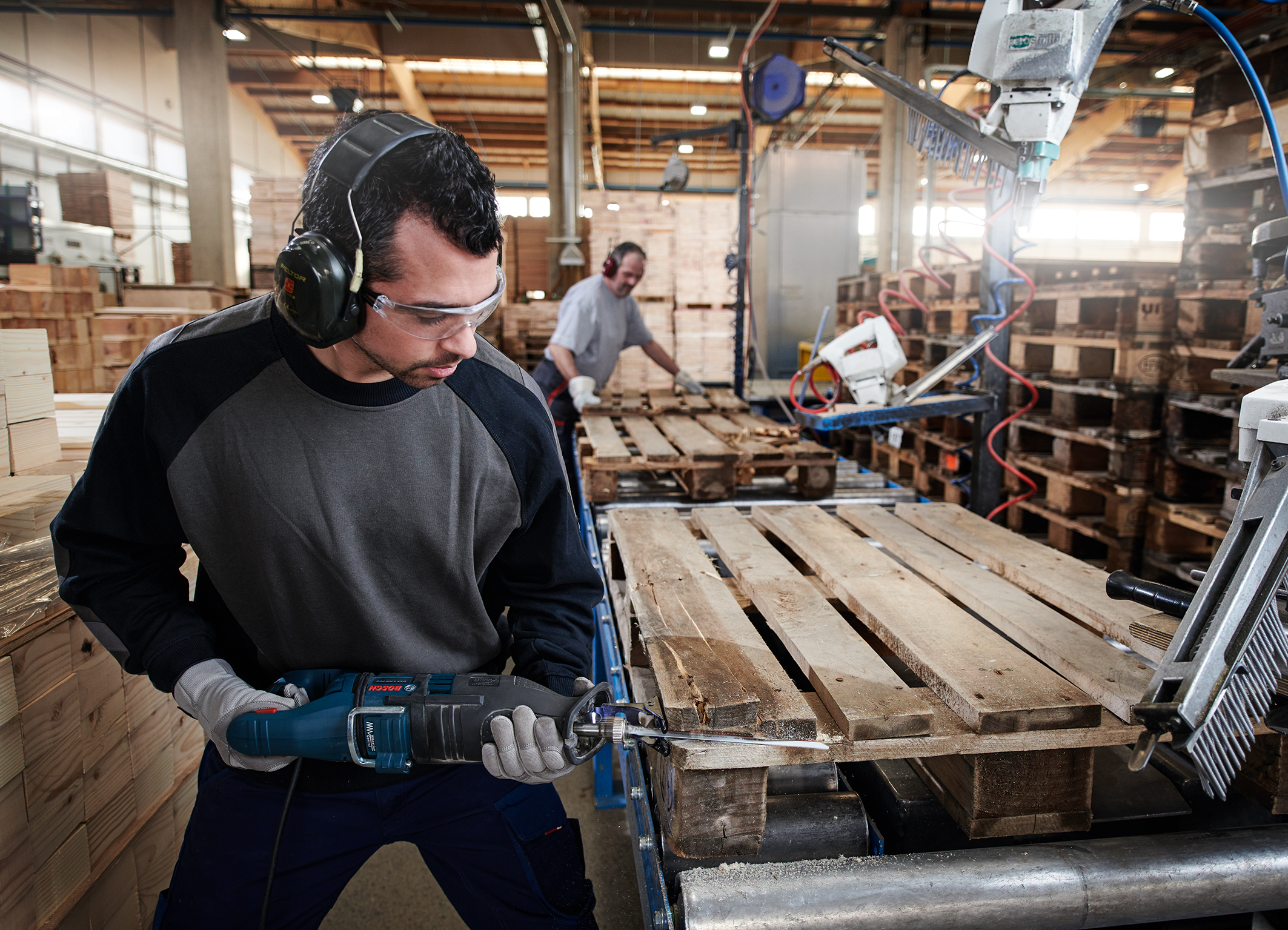 """""""Endurance for HardNail Pallets"""" especially for repairing pallets:   Bosch expands its range with carbide technology"""