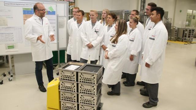 Digitale Bildung - Bosch Azubis als Industrie 4.0 Botschafter