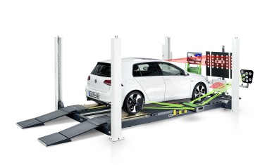 The professional diagnostic bay for testing the driver assistance systems