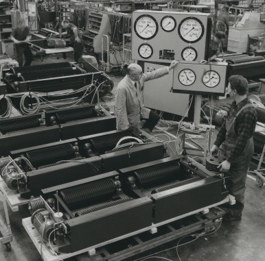 Dynamometer for cars and trucks at Plochingen plant, 1972