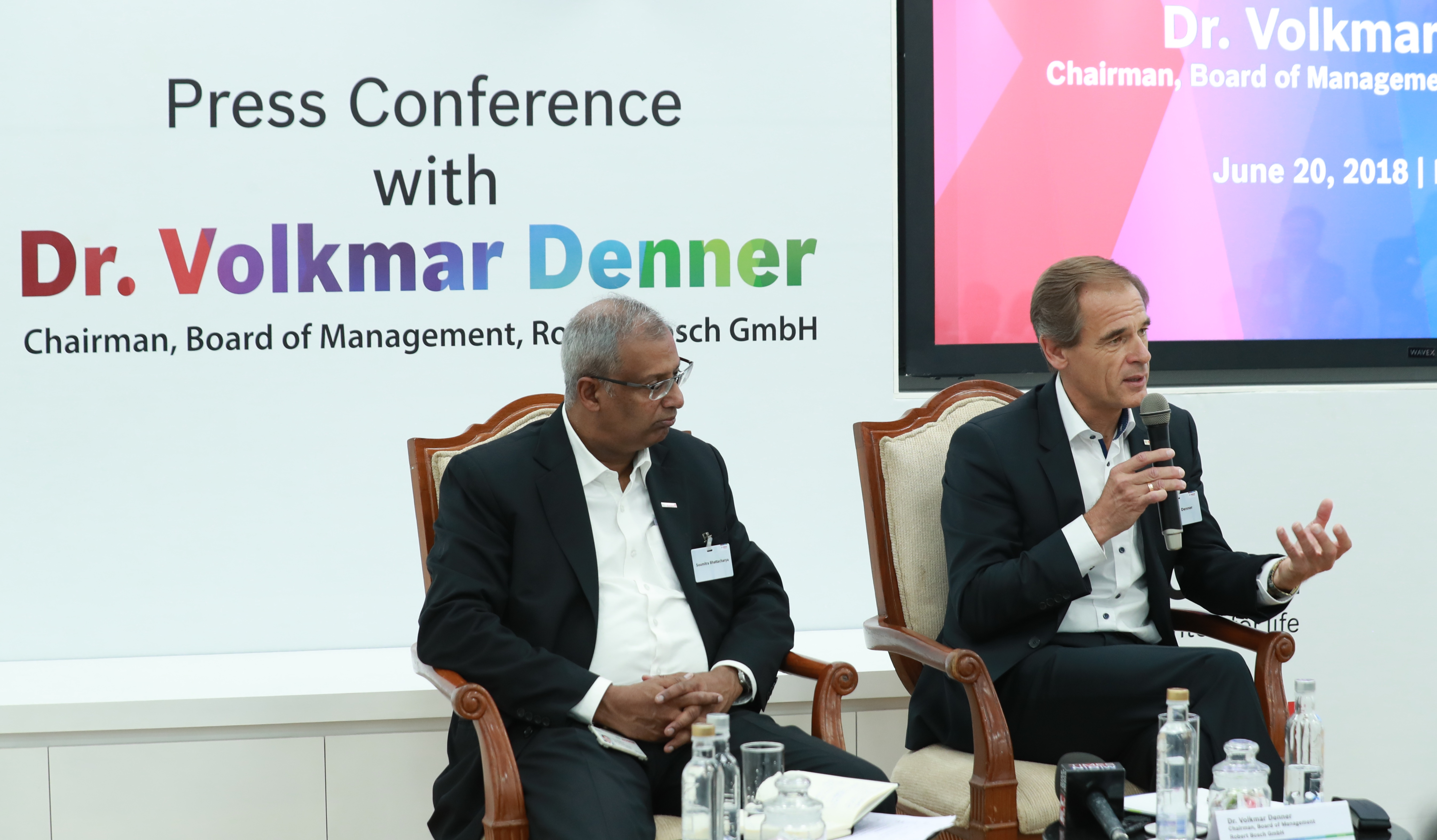 Bosch CEO Dr. Volkmar Denner and Mr. Soumitra Bhattacharya, president of Bosch India