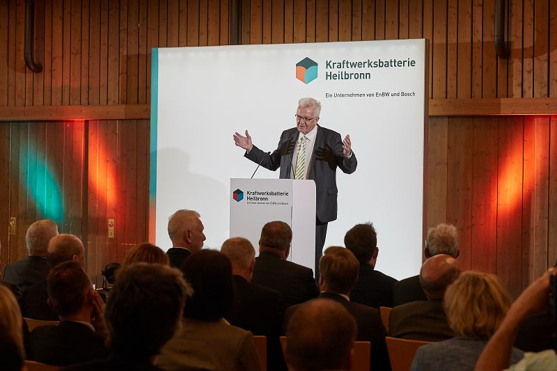 The Minister President of Baden-Württemberg Winfried Kretschmann at the initiation of the energy storage in Heilbronn
