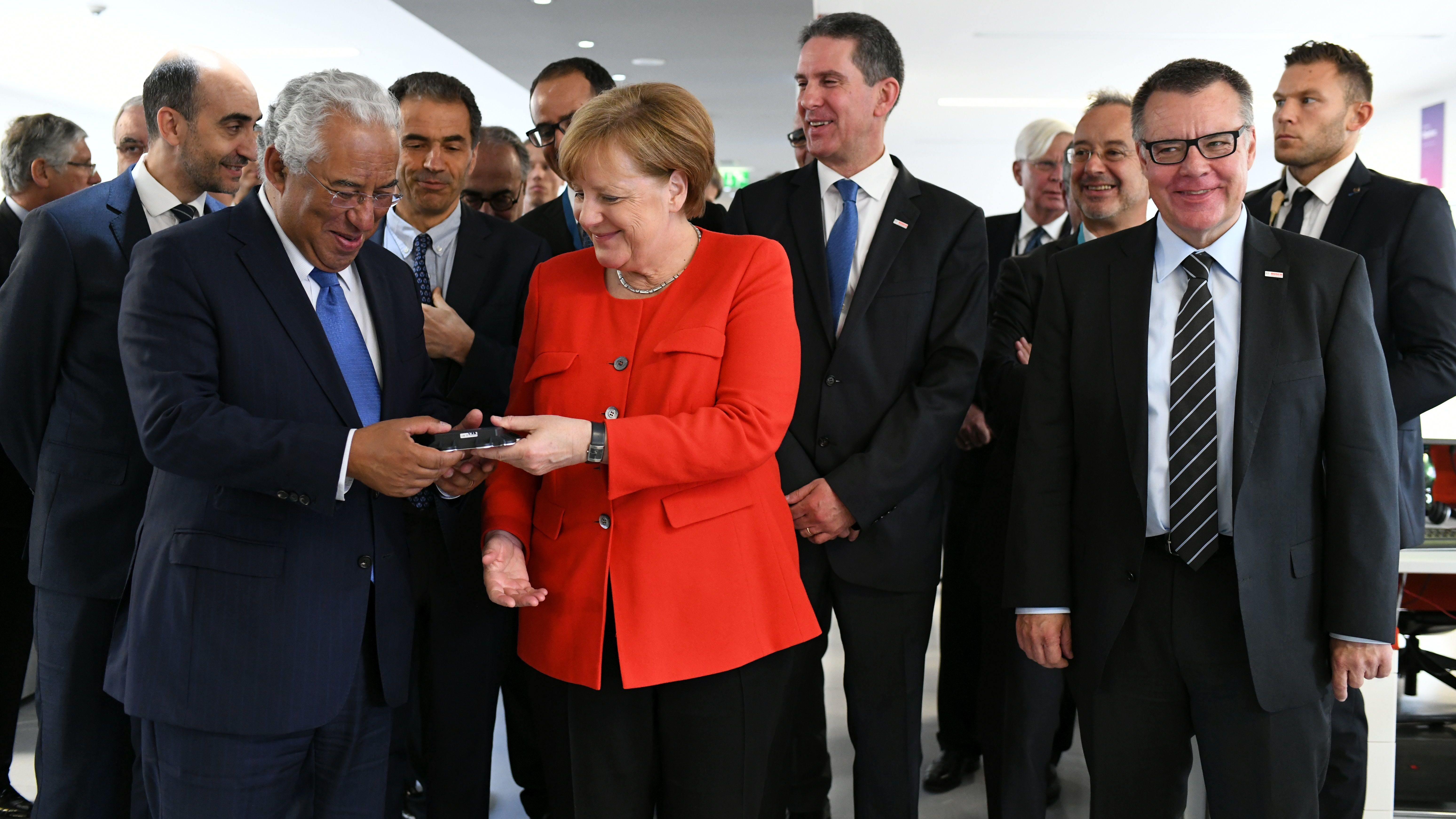 14e92d04bfc Braga, Portugal – Angela Merkel, the German chancellor, and António Costa,  the prime minister of Portugal, today officially opened a new Bosch  technology ...