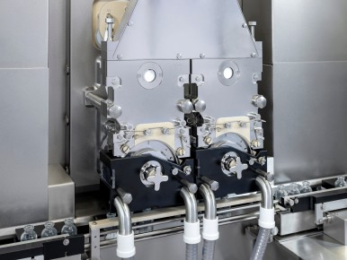 Accurate powder filling at high output rate
