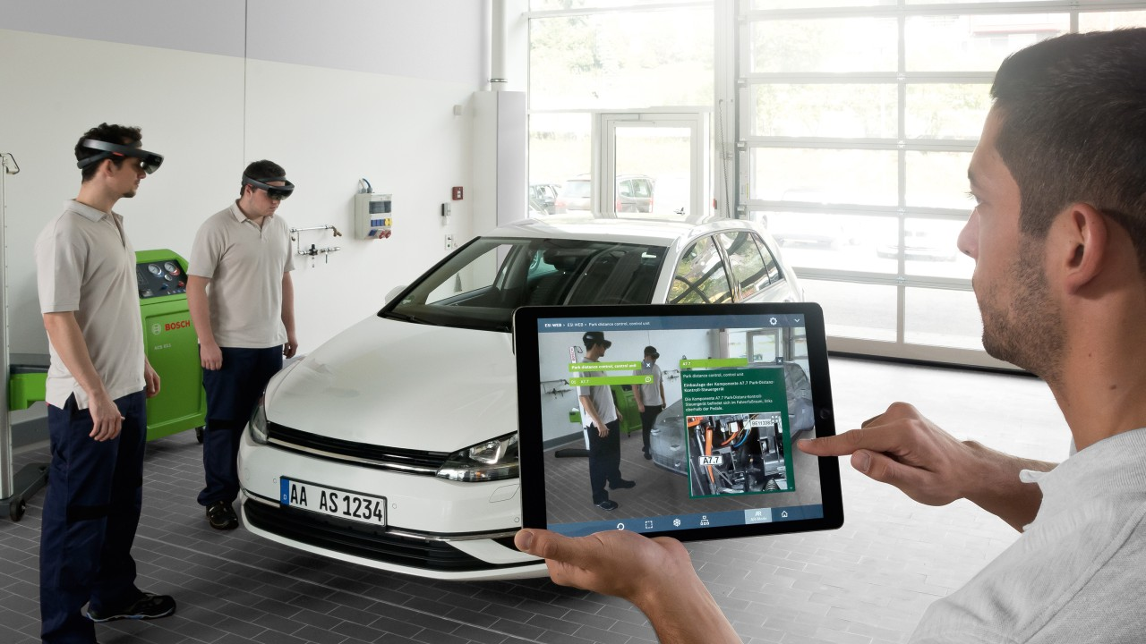 Bosch schult Kfz-Mechatroniker mit innovativer Augmented Reality Technologie