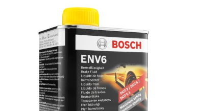 Bremsflüssigkeit ENV6 von Bosch: entwickelt für hohe Belastungen moderner und zukünftiger Bremssysteme