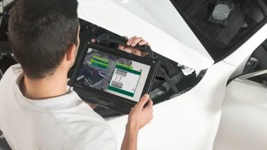 Augmented Reality und ActiveSchematics von Bosch beschleunigen die Reparaturarbeiten