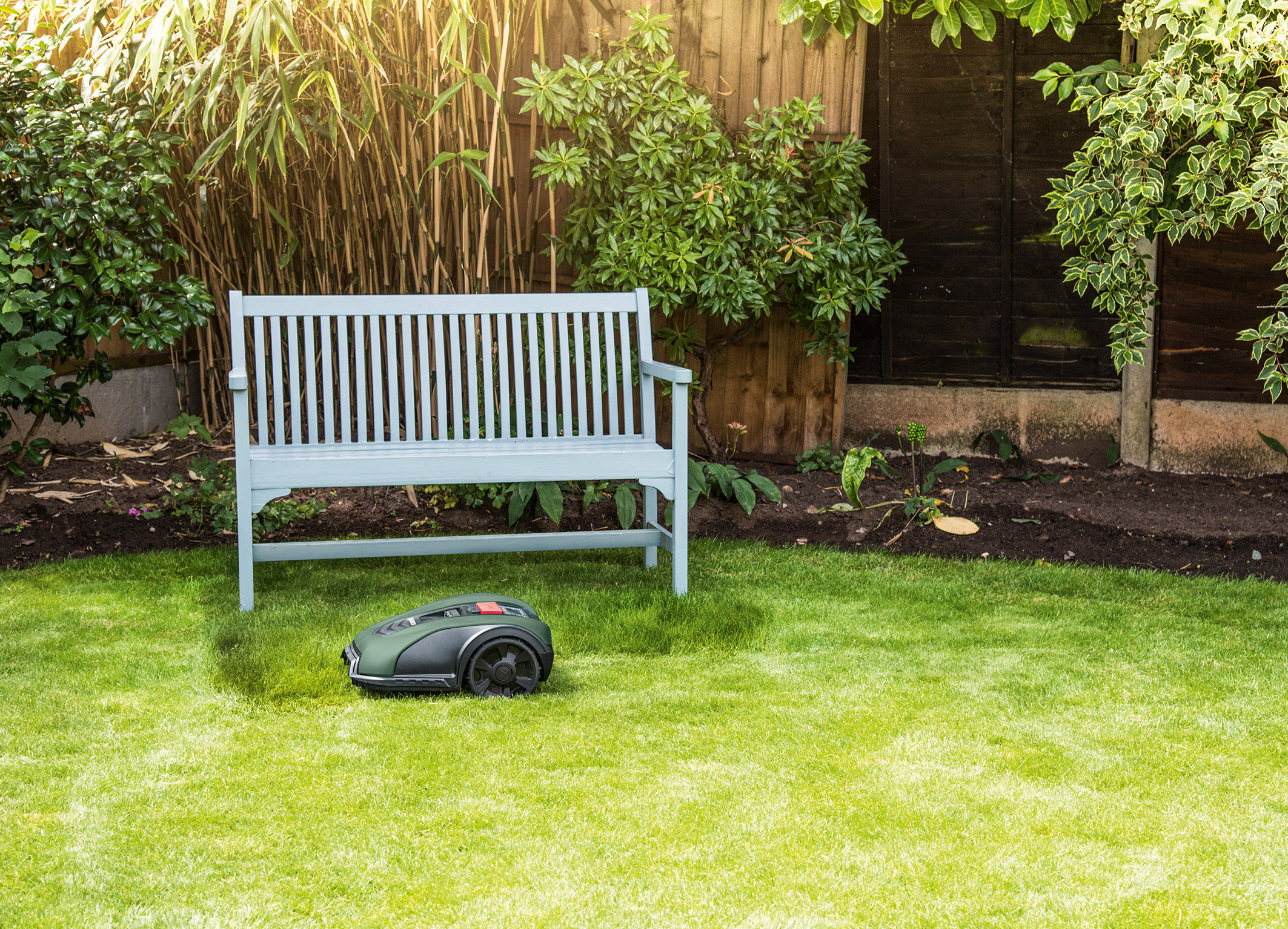"Increased flexibility with ""SpotMow"": Targeting small areas for mowing with the Indego S+"