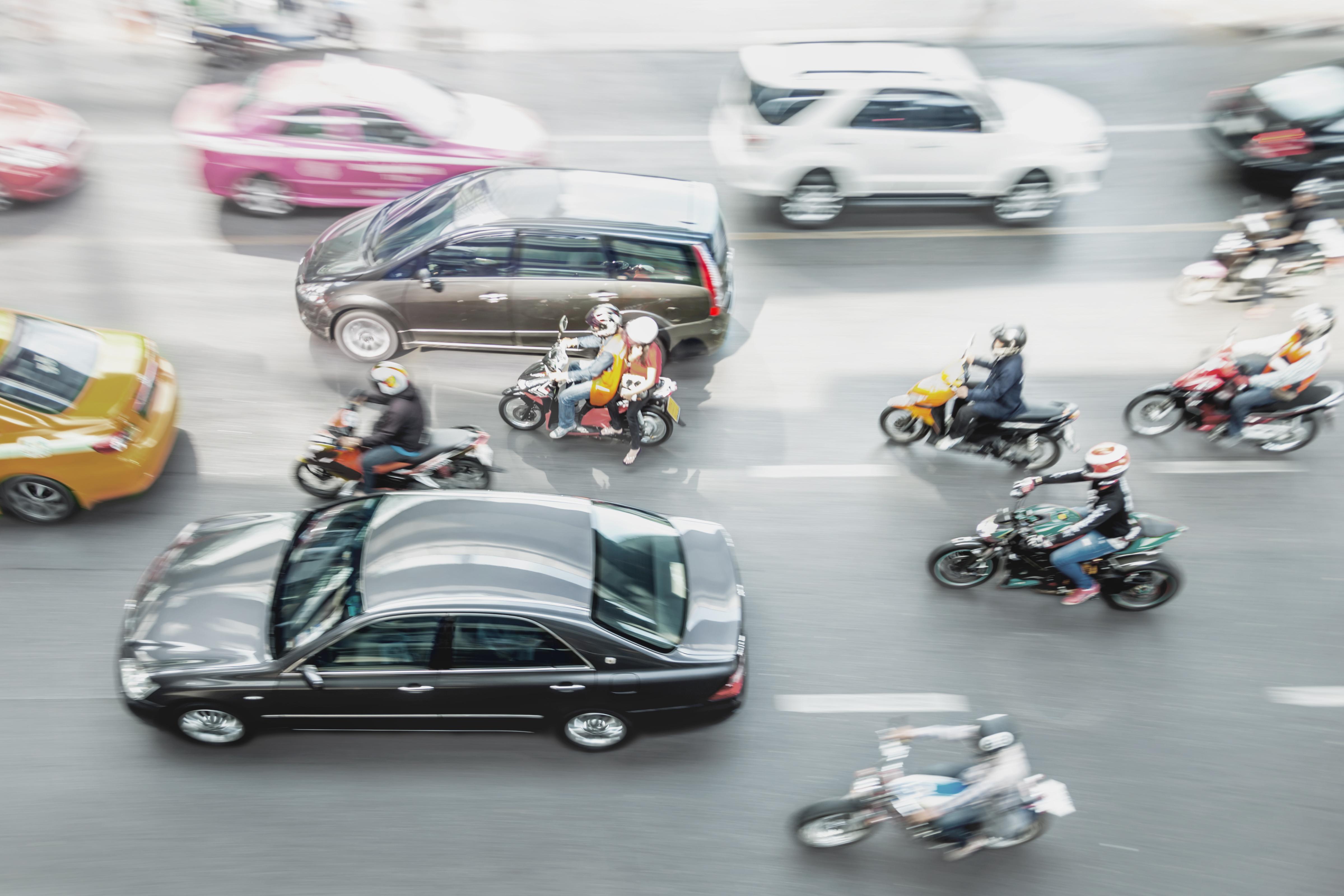 Motorisierte Zweiräder im Stadtverkehr