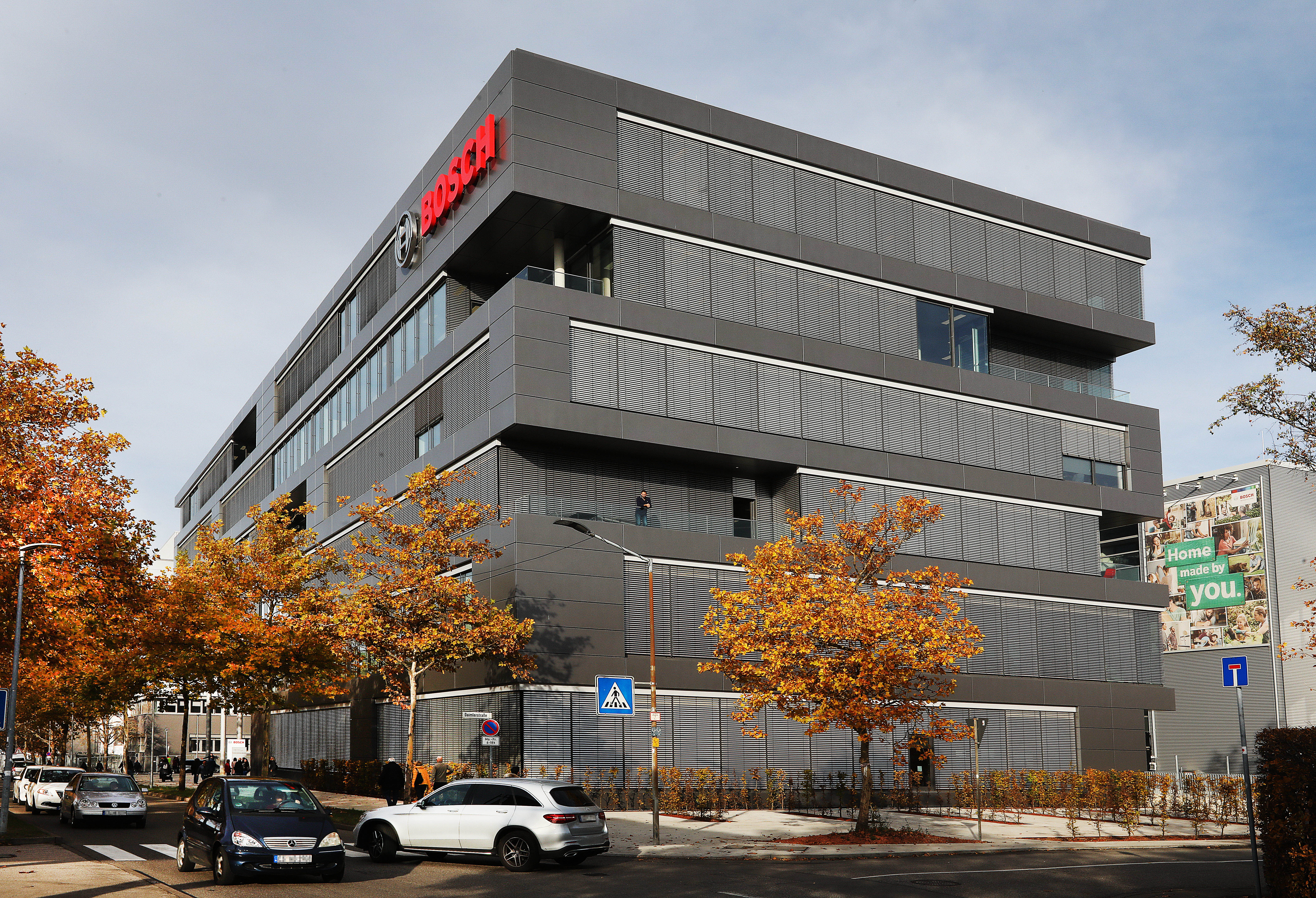 Future workplace in Leinfelden:  Bosch Power Tools opens new office building