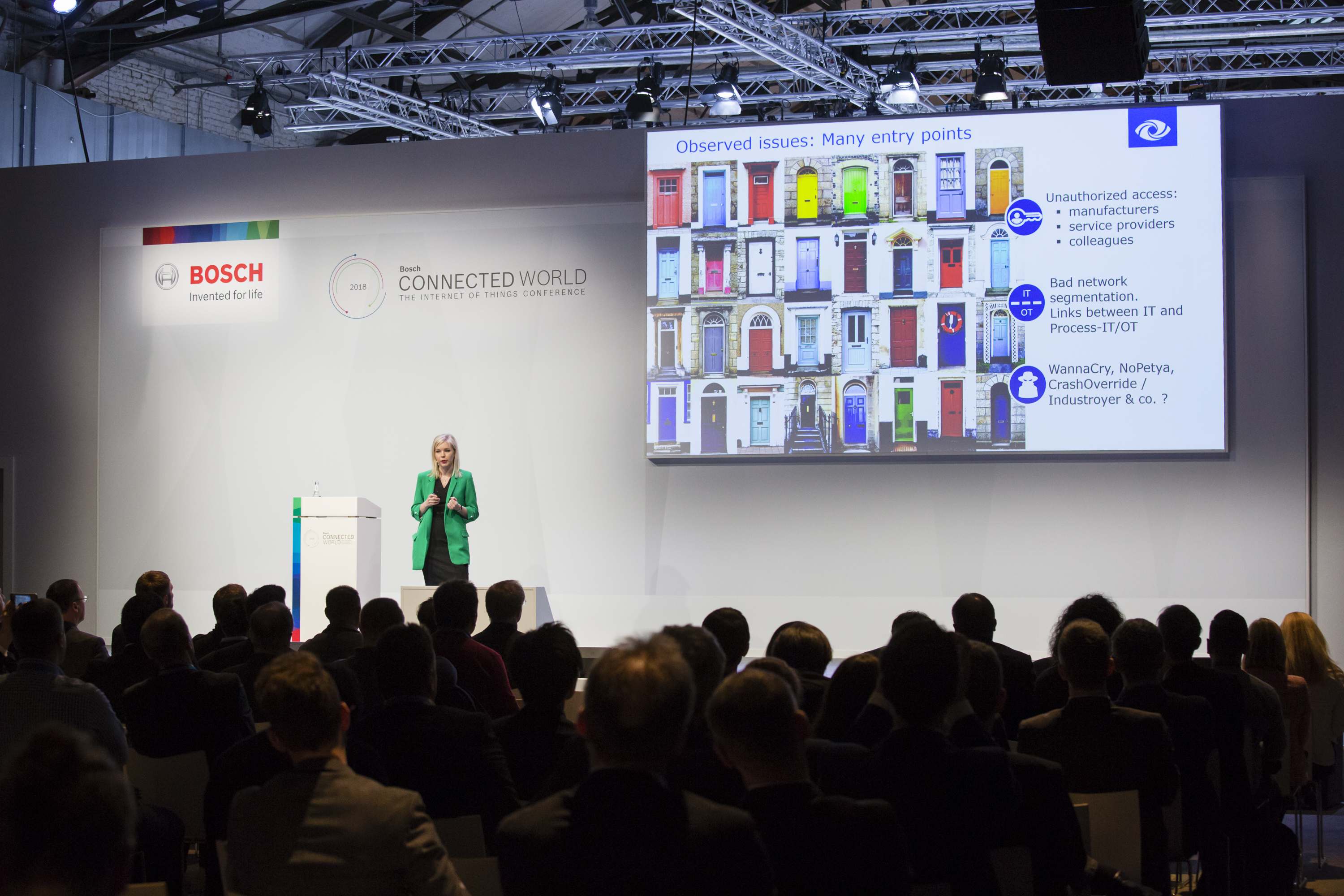Christina Hoefer from SecurityMatters speaking about cyber resilience in industrial networks at the Bosch ConnectedWorld 2018
