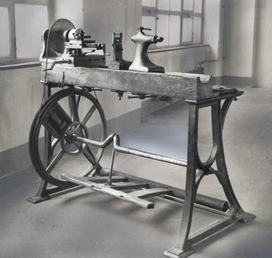 Erste Drehbank von Robert Bosch von 1887
