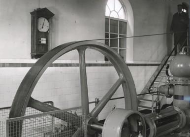 Bosch Wasserstandsmelder aus dem Jahr 1893 im Stuttgarter Wasserwerk