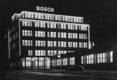 Bosch administration building by night in Stuttgart, 1953