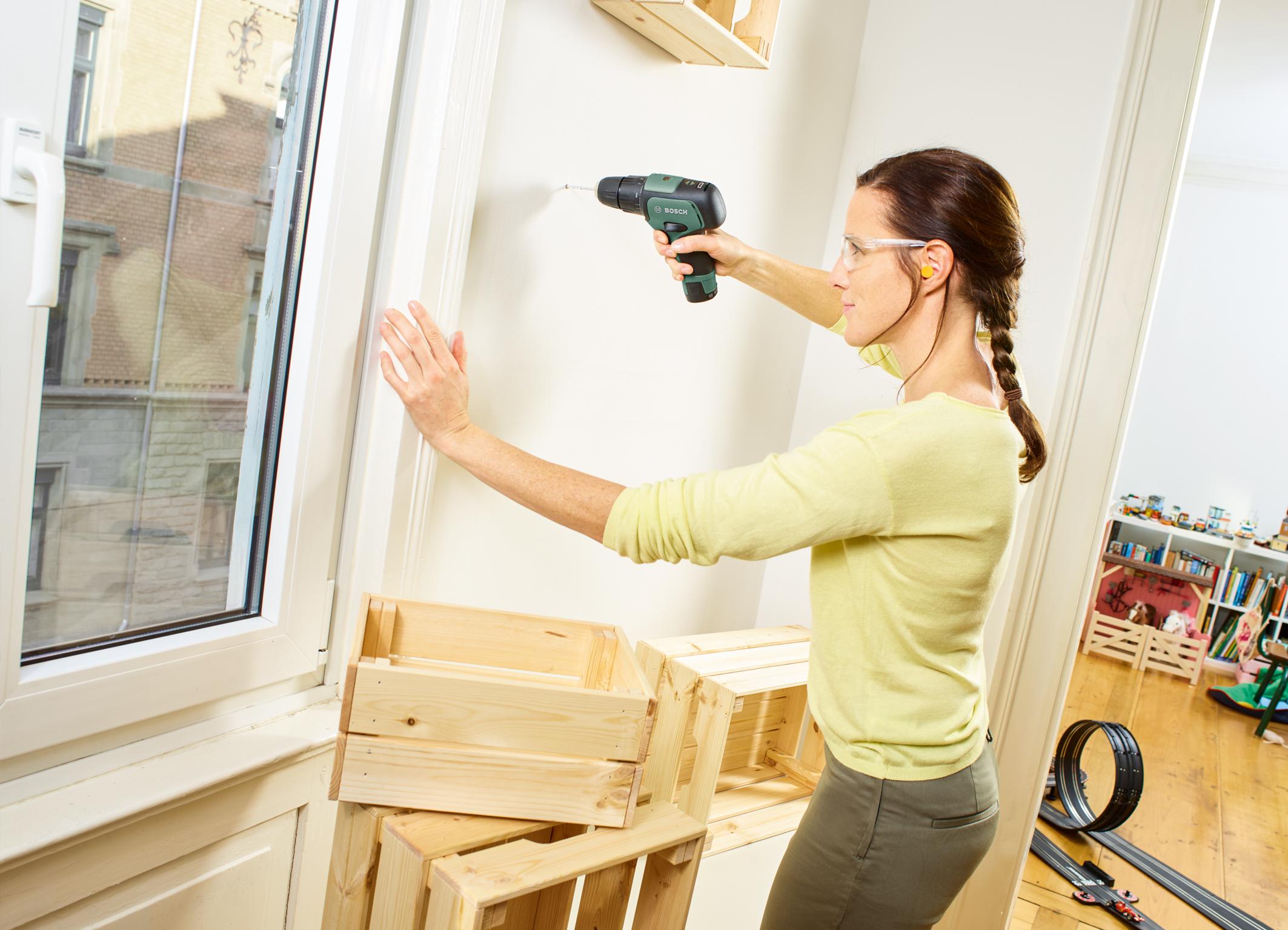 Einfache Geräteeinstellung durch selbsterklärende Drehzahl-Skala: EasyImpact 12 von Bosch für Heimwerker