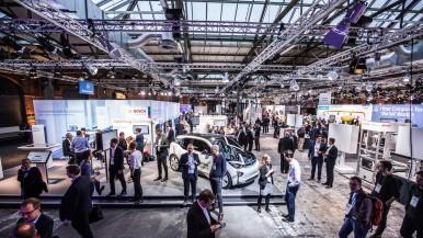 Bits und Bytes in Berlin: Wie Bosch Auto, Herd und Fertigung vernetzt