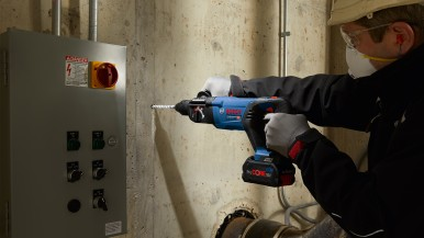 As powerful as the corded equivalent: New 18 volt rotary hammer from Bosch for professionals