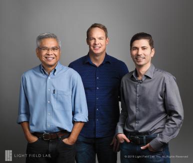 Light Field Lab, Inc. Gründer, (v. l. n. r.).  Ed Ibe-VP of Engineering,  Brendan Bevensee-CTO,  Jon Karafin-CEO