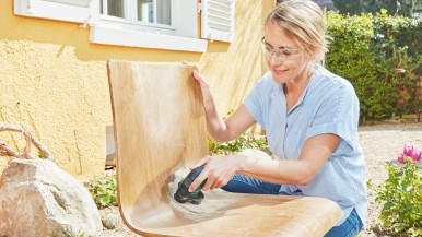First cordless Disc Sander and Polisher on the market: The EasyCurvSander 12 from Bosch