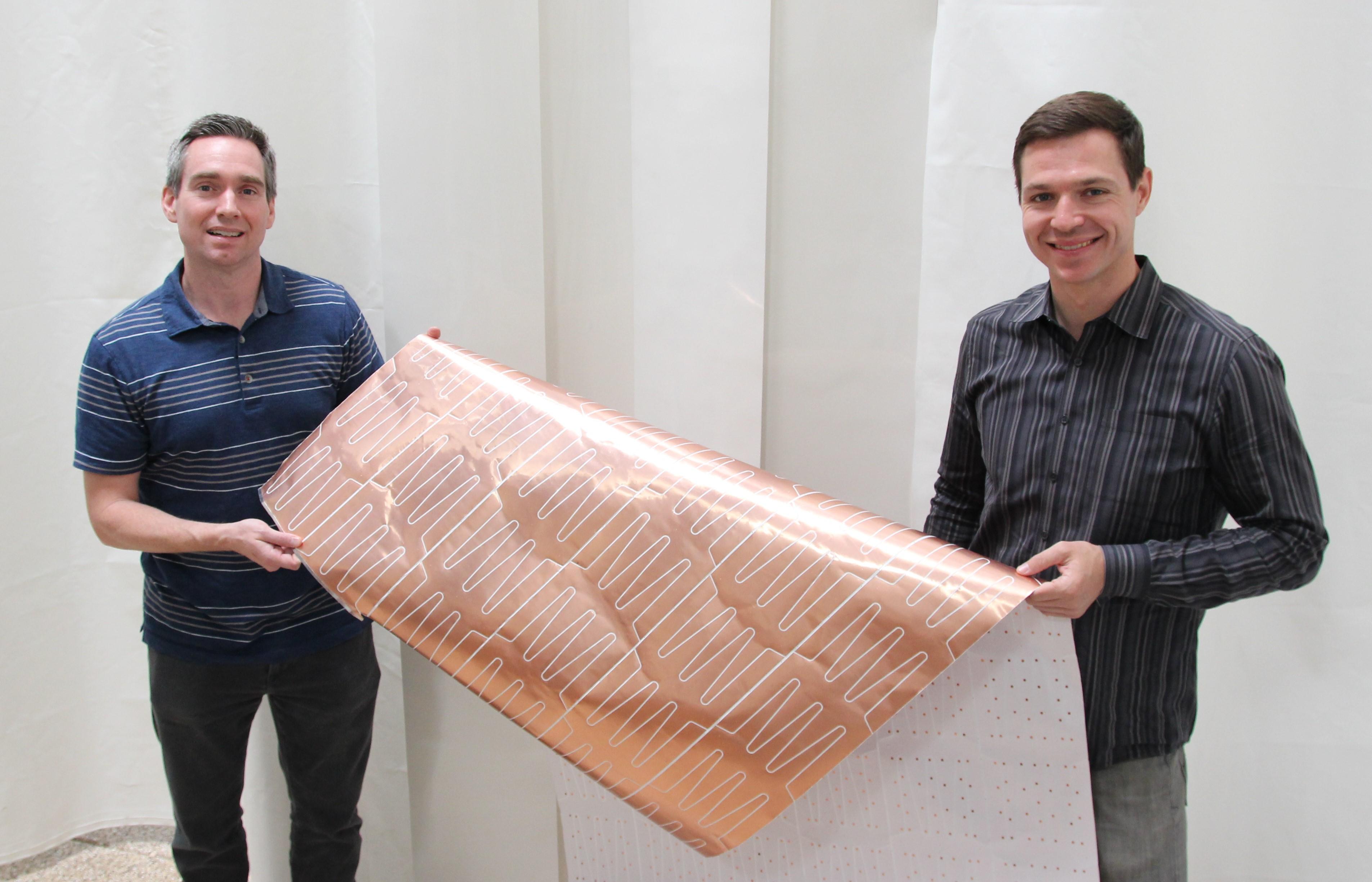 Entwickeln eine Neuheit für Elektronikbranche: Kevin Coakley (links) und Malcolm Brown