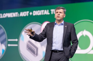 Bosch board member and CDO/CTO Dr. Michael Bolle on stage at the Bosch Connected World 2020 in Berlin.