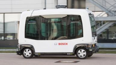 Trotz Fehlern weiterfahren: Wie fahrerlose Shuttle-Fahrzeuge sicher von A nach B kommen