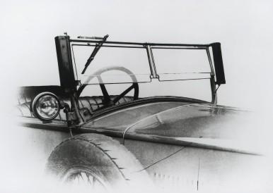 Bosch windscreen wiper and searchlight, 1926