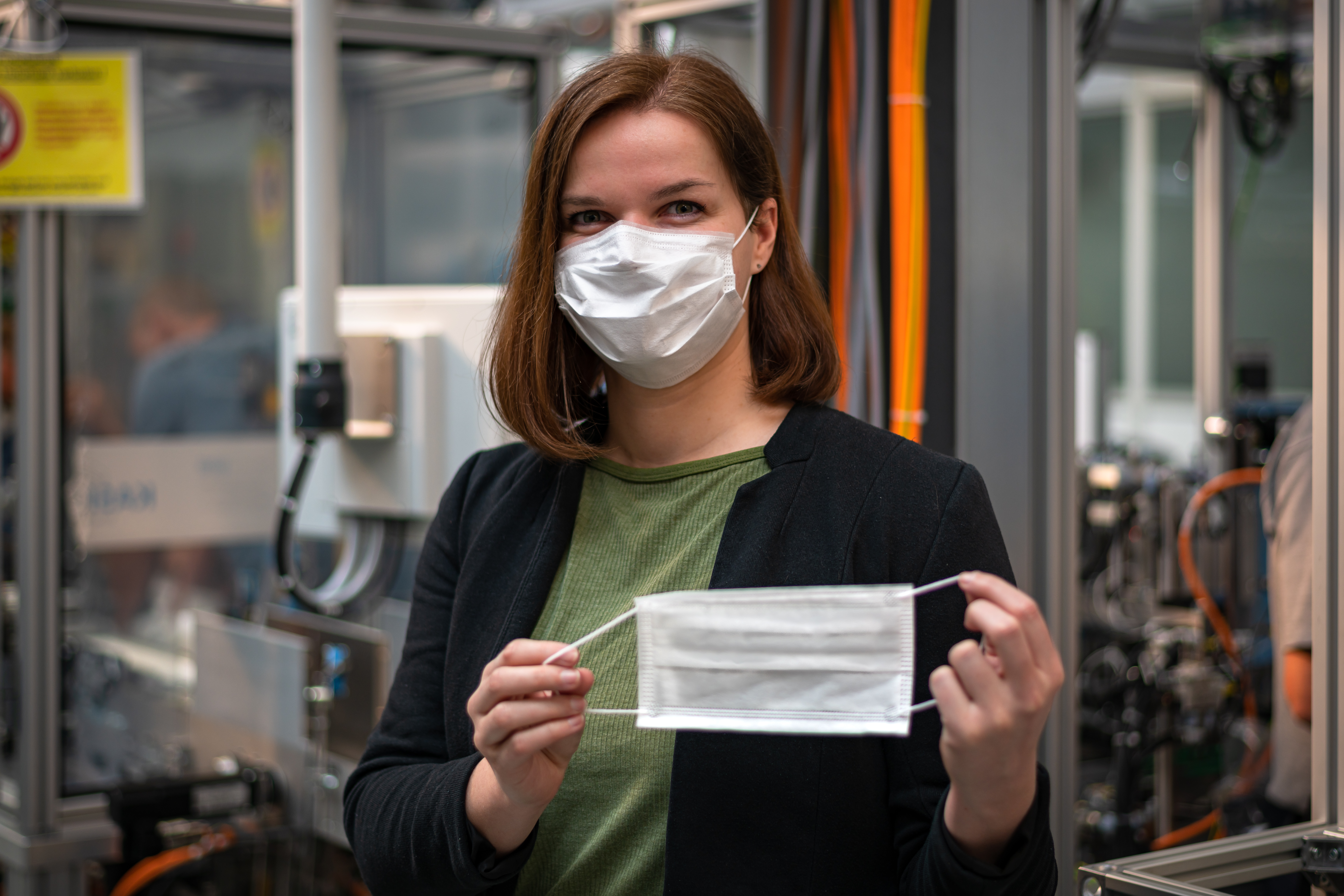 Helping contain the coronavirus pandemic: production of masks and disinfectant