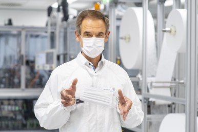 The Bosch CEO Dr. Volkmar Denner launches a special production line for face masks.