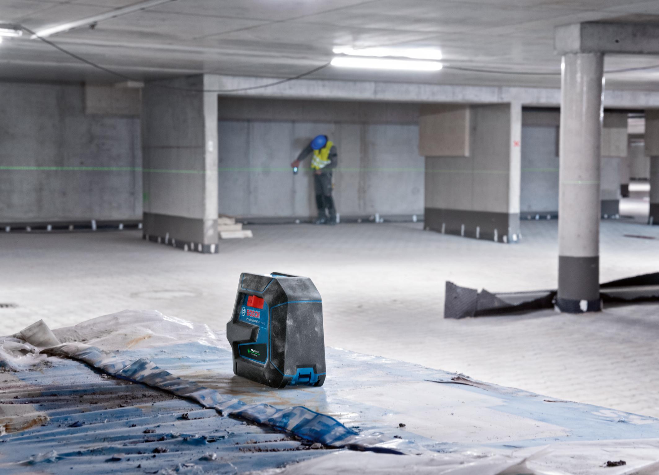 Für vielseitige Aufgaben im Innenausbau: Kombilaser GCL 2-50 G Professional von Bosch für Profis