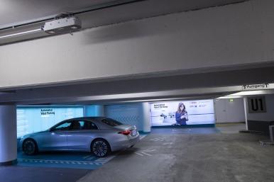 Intelligente Parkhaus-Infrastruktur
