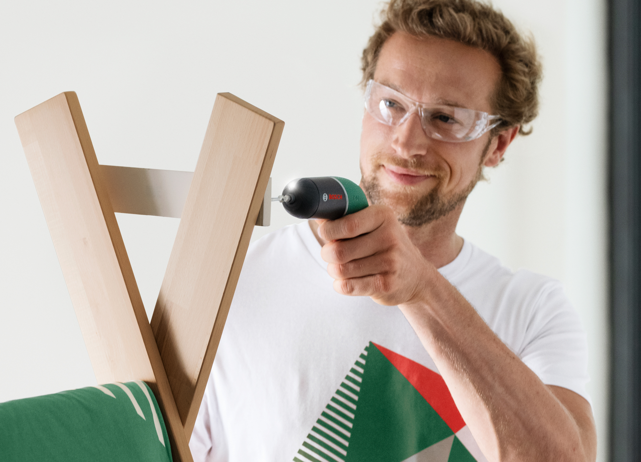 Präzises Schrauben auch in empfindliche Materialien: Kultschrauber Ixo Classic ist zurück