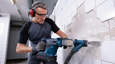 Leistungsstärkster Akku-Bohrhammer mit SDS plus: Neuer Biturbo-Hammer von Bosch  ...