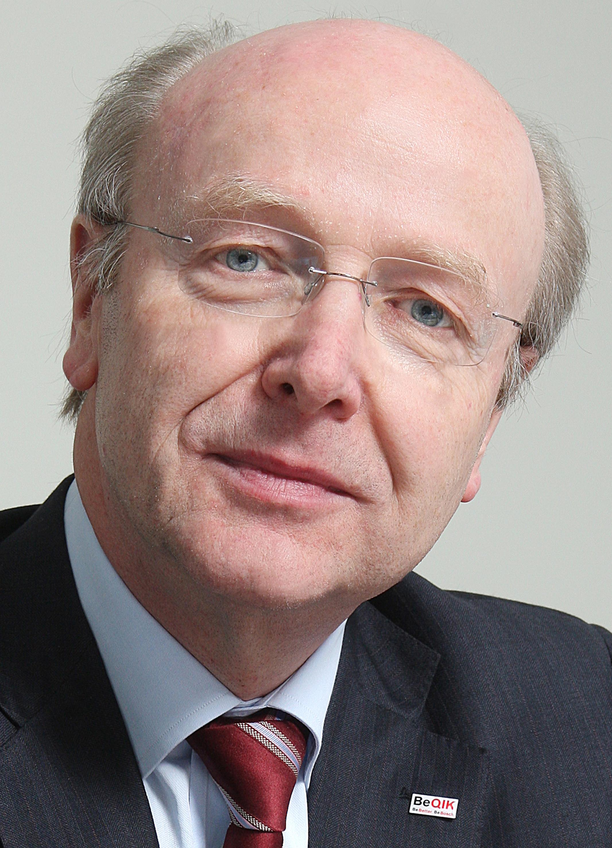 Dr. Siegfried Dais