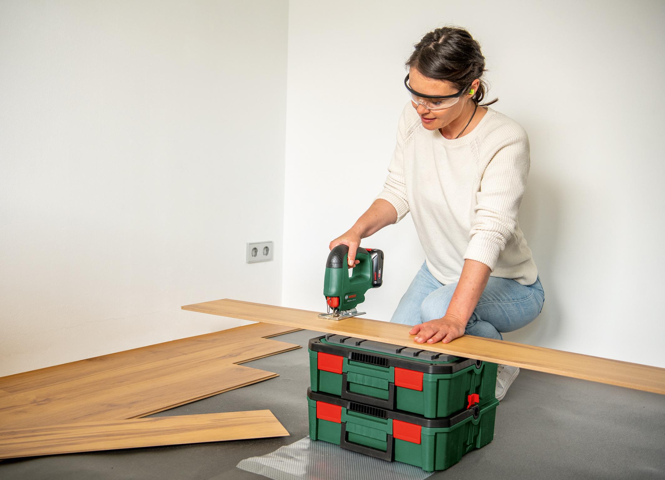 Erste Akku-Stichsäge im Einstiegssegment:  EasySaw 18V-70 von Bosch für Heimwerker