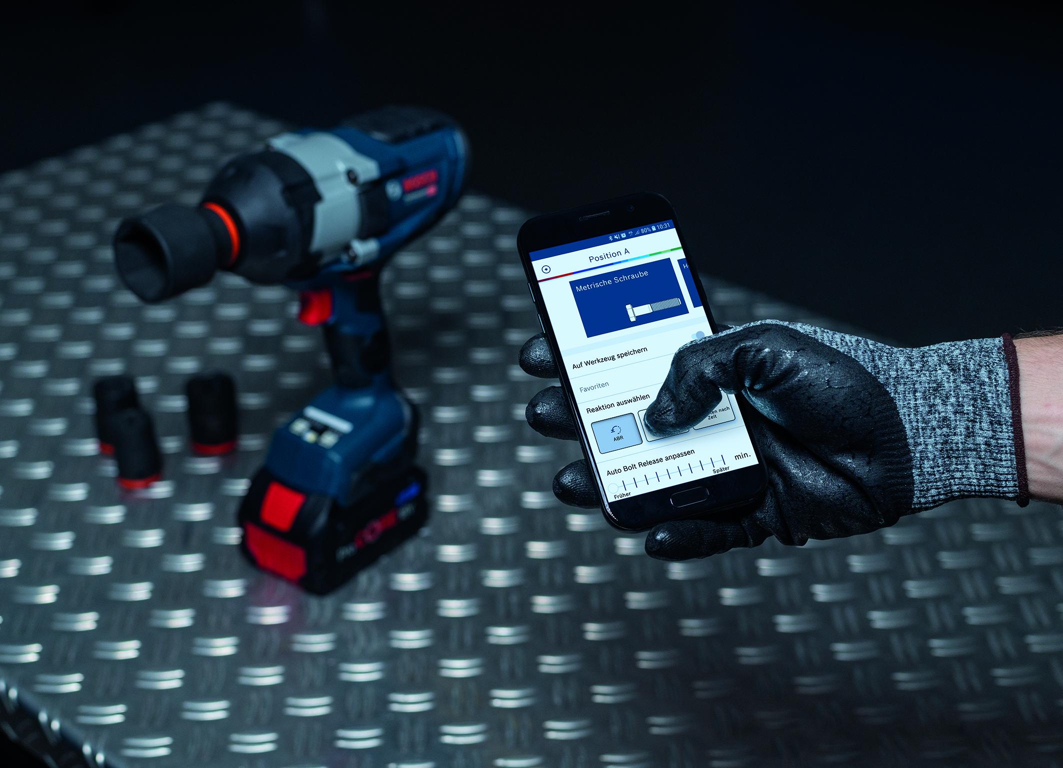 Mehrwert per App: Biturbo-Drehschlagschrauber von Bosch für Profis