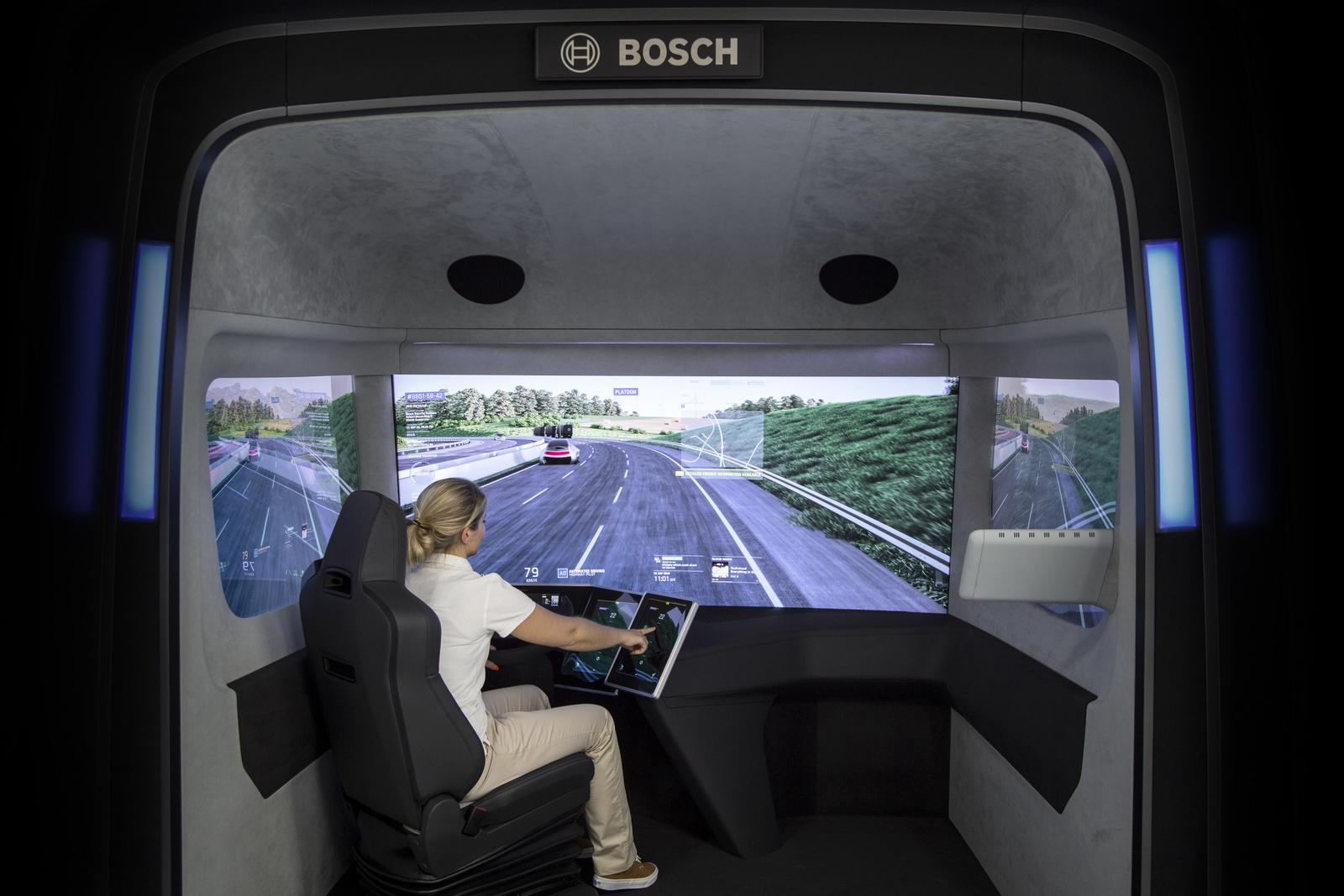 Konzeptstudie VisionX gibt Ausblick auf die Zukunft des Lkws