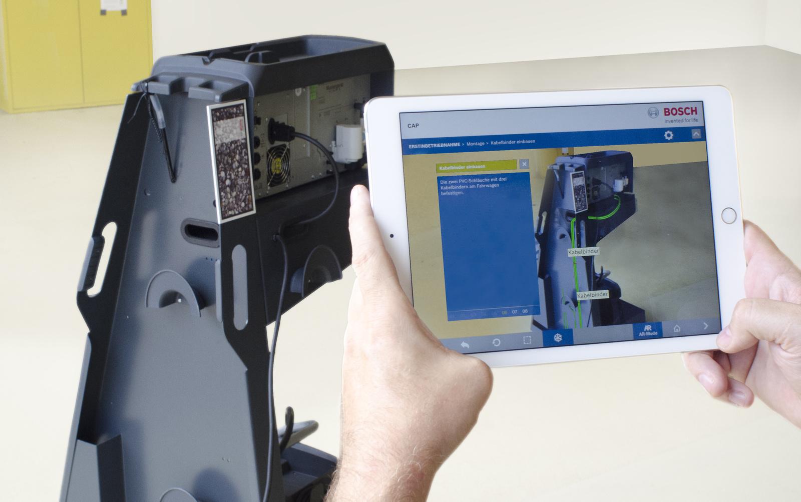 Bosch setzt beim Abgastester BEA 750 erstmals Augmented Reality für die Produkterläuterung ein