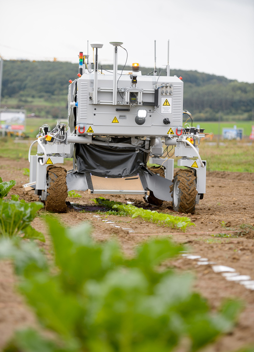 Landwirtschaftsroboter Bonirob in Aktion