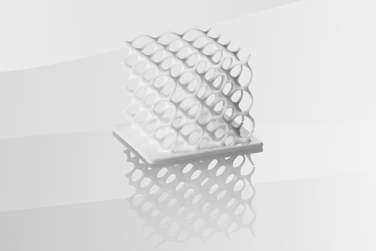 Neue Technologien wie das 3D-Druck-Verfahren ermöglichen die exakte Produktion hochkomplexer Keramik-Funktionsbauteile.