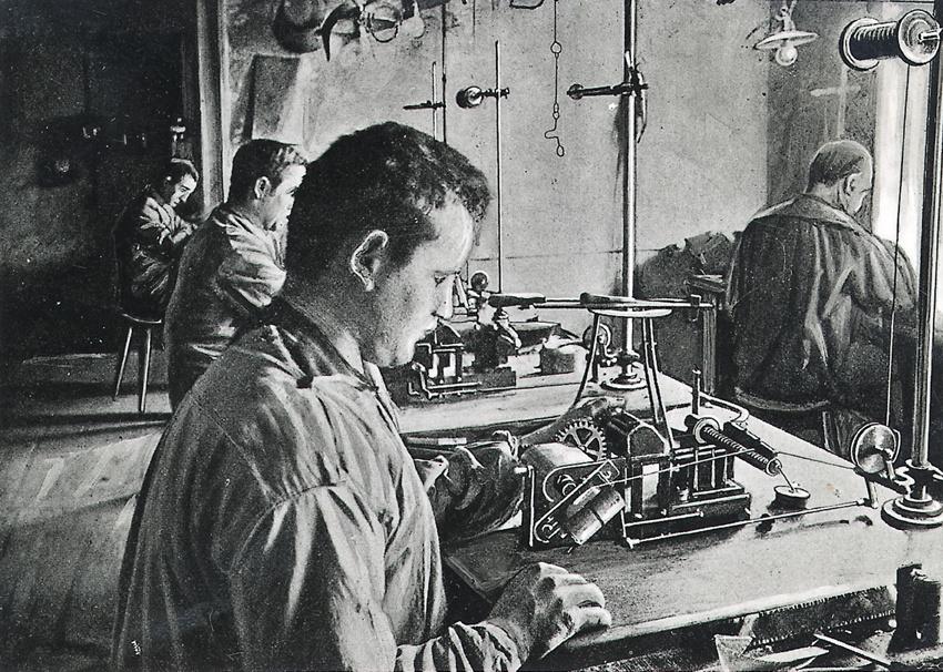Bosch Arbeiter fertigen Magnetzünder, 1900